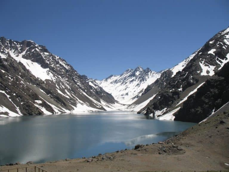 Laguna del Inca, no Chile, é um dos cenários mais lindos para conhecer no país