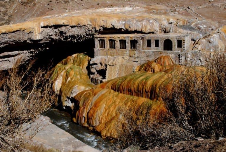 Conheça Puente del Inca, a curiosa ponte natural que impressiona na Argentina