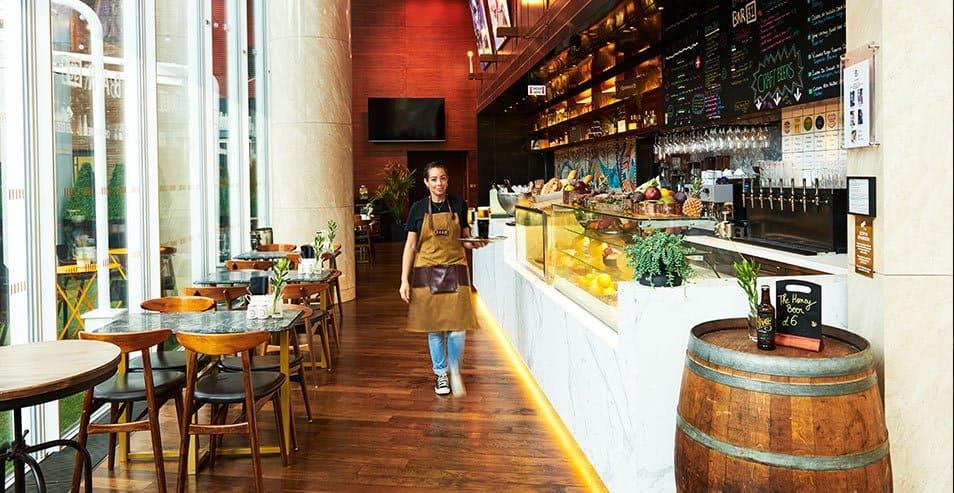 Com clima descolado, o Bar 31 oferece uma experiência econômica no The Shard