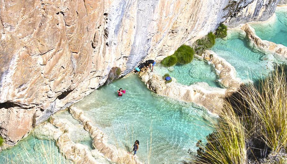 Conheça Millpu, as encantadoras piscinas naturais no Peru