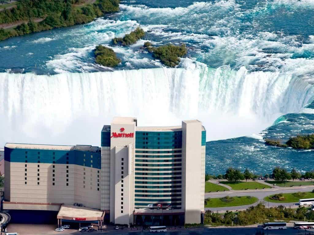 Hotel dos sonhos tem quartos com vista privilegiada para as Cataratas do Niágara