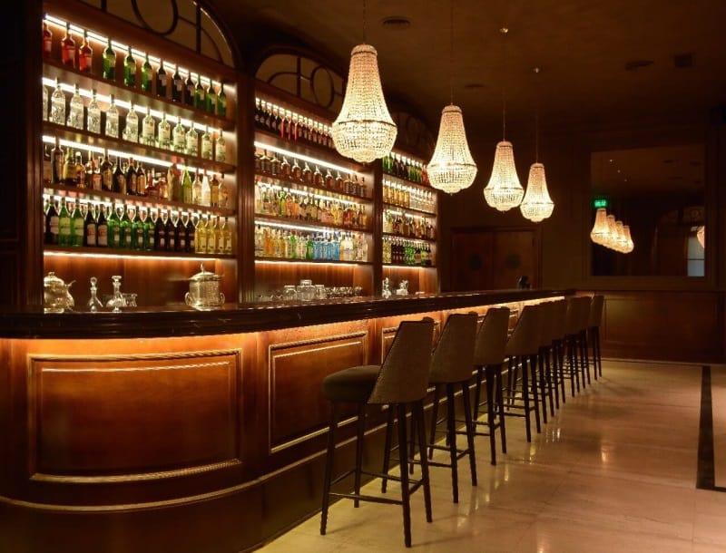 """Presidente Bar em Buenos Aires é considerado um dos melhores """"bares de tragos"""" da cidade"""