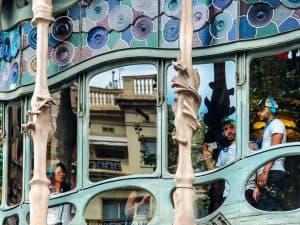 Casa Batlló: um mergulho na arquitetura de Gaudí
