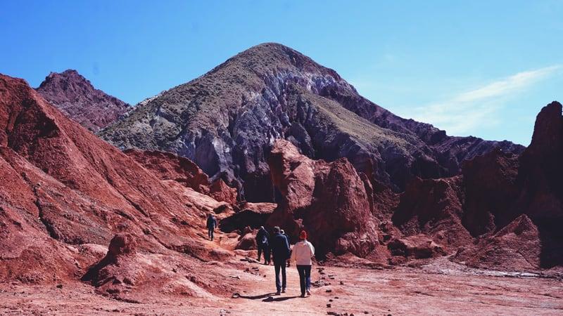 Valle del Arcoiris, um passeio colorido no Deserto do Atacama!