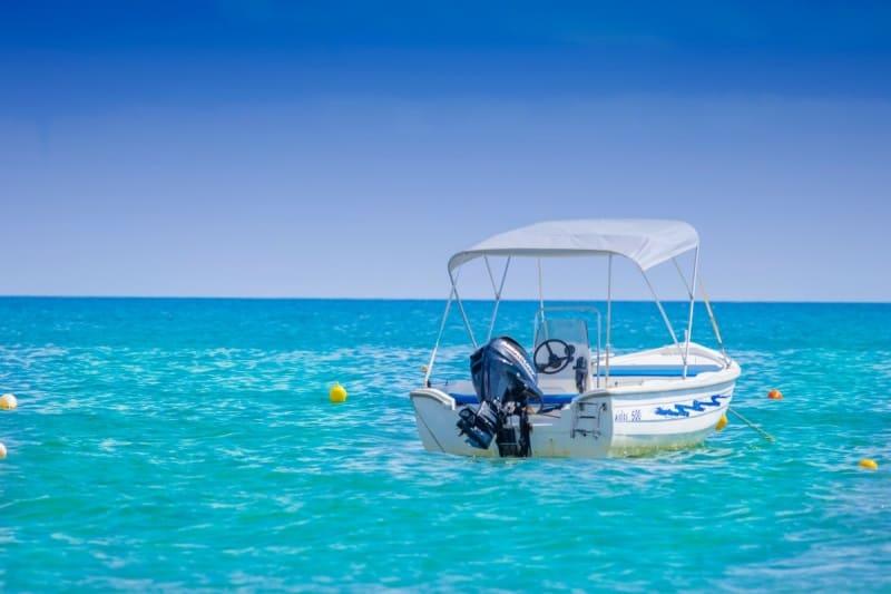 Quanto custa alugar um barco? Use a Nautal, veja preços e reserve online o seu