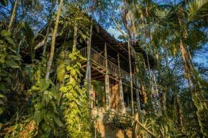 Hostel LINDO pertinho de Paraty tem vibe incrível e contato com a natureza