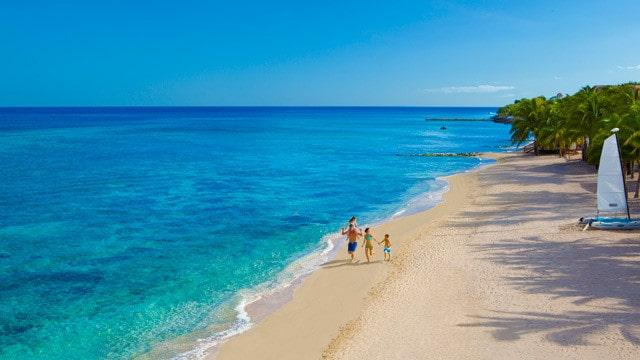 Black Friday de Resorts All-Inclusive no Caribe: Pacotes para Jamaica, Punta Cana, Cozumel e Cancun
