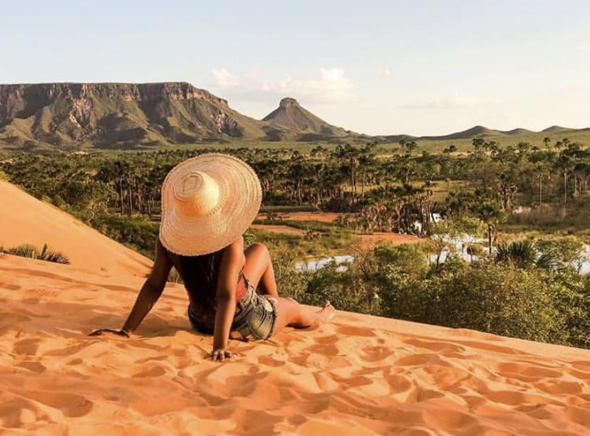 O mundo é delas: Cecília Rosário fala sobre os desafios de ser uma viajante negra