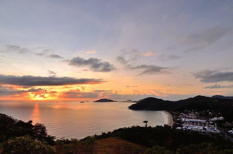 Trilha do Morro do Rapa em Florianópolis tem uma das vistas mais lindas da cidade