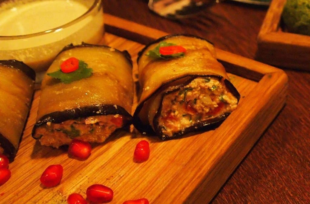 Badrijani, prato vegetariano internacional da Geórgia