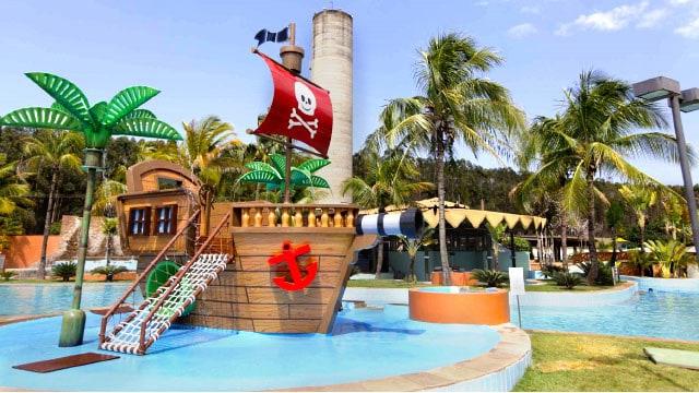 Férias perfeitas nas águas termais desse resort com pensão completa no interior de SP 🤩