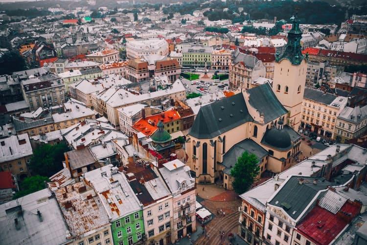 Ucrânia é um dos países da europa que não usam o euro
