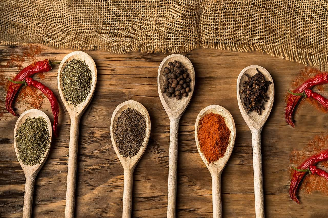 Chefs internacionais com estrela Michelin dão dicas de receitas deliciosas para fazer em casa