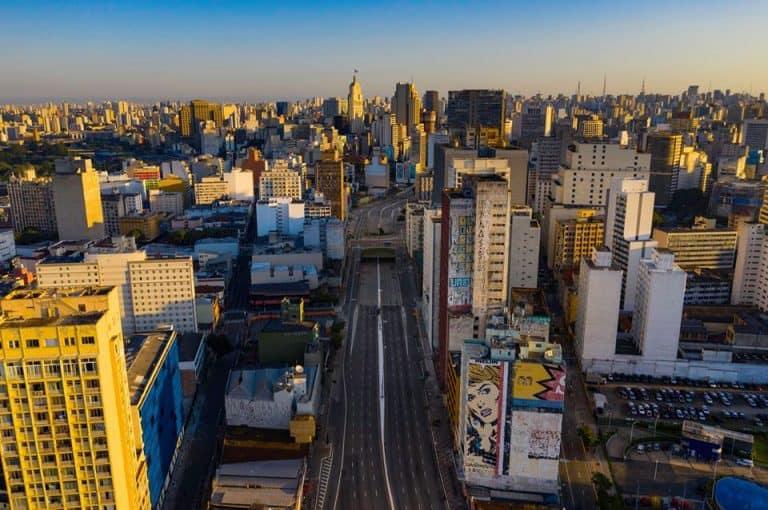 Fotógrafo capta imagens 360 graus de São Paulo vazia