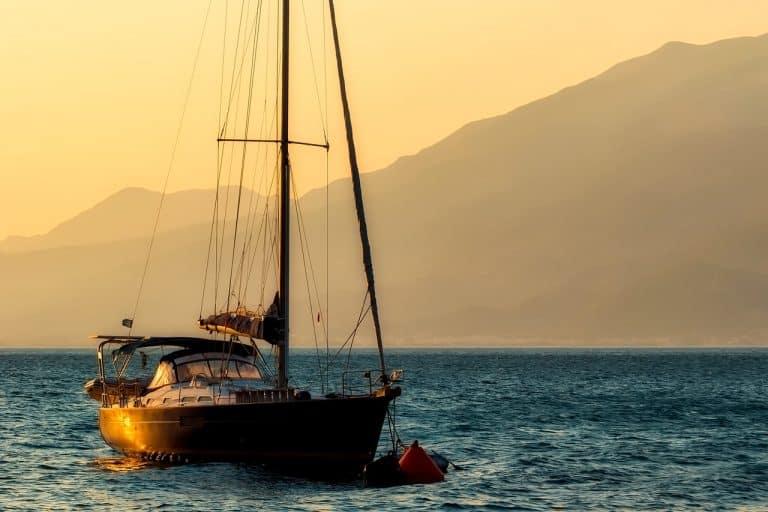 Vida no mar: aluguel de barco é opção viável pós-pandemia