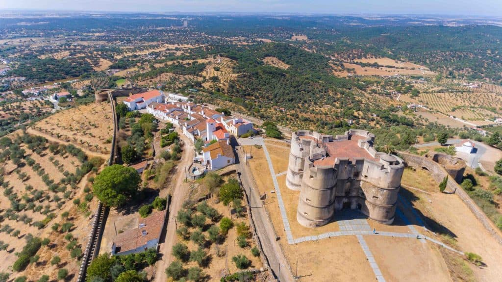 8 castelos imperdíveis para conhecer no Alentejo