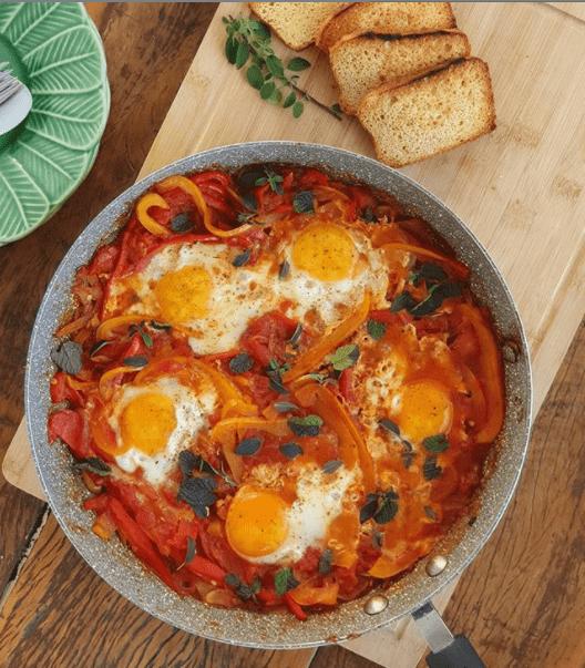 Conheça mais sobre o café da manhã super diferente e típico da Turquia