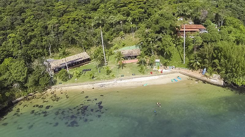Abrir a cortina e dar de cara com um mar paradisíaco – conheça a pousada em Ilha Grande Portal do Sol