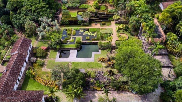 Fazenda com jardim de Burle Marx é opção de hospedagem emSP