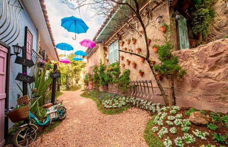 Jardim do Amor em Gramado oferece ensaios fotográficos e até casamento temáticoexpress