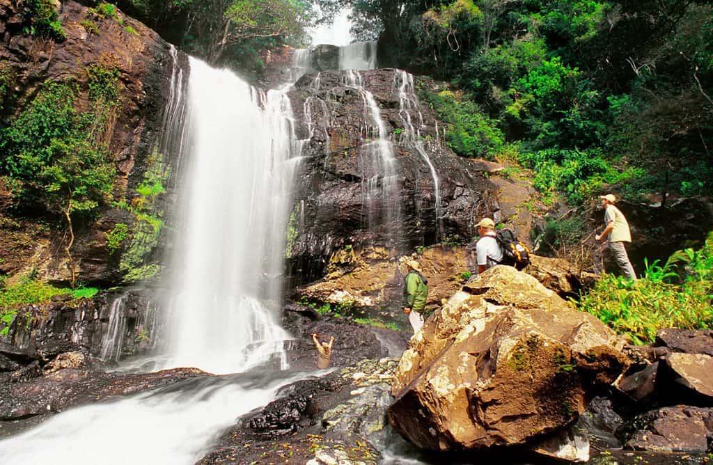 Descubra as belezas entre cânions e cachoeiras do ecoparque emCanela