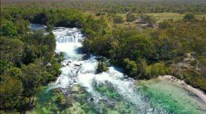 Aldeia Salto da Mulher tem cachoeira e experiência fascinante