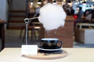Café com nuvem de algodão doce virou sensação na internet