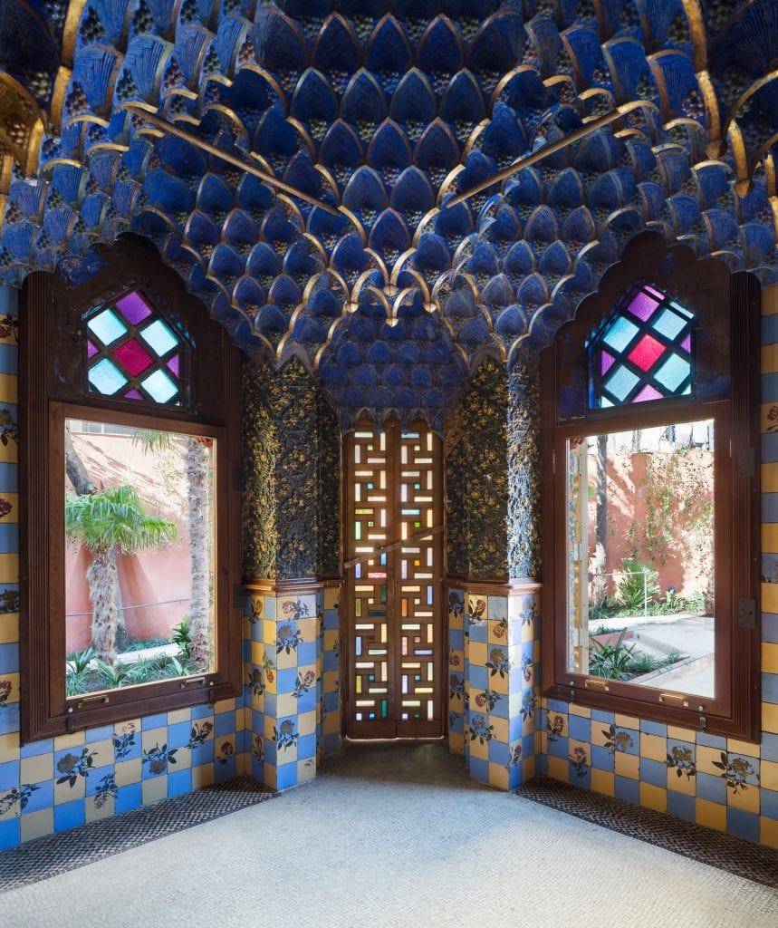 Detalhes interno da Casa Vicens de Antoni Gaudí.