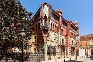 Casa de Gaudí terá hospedagem em experiência incrível