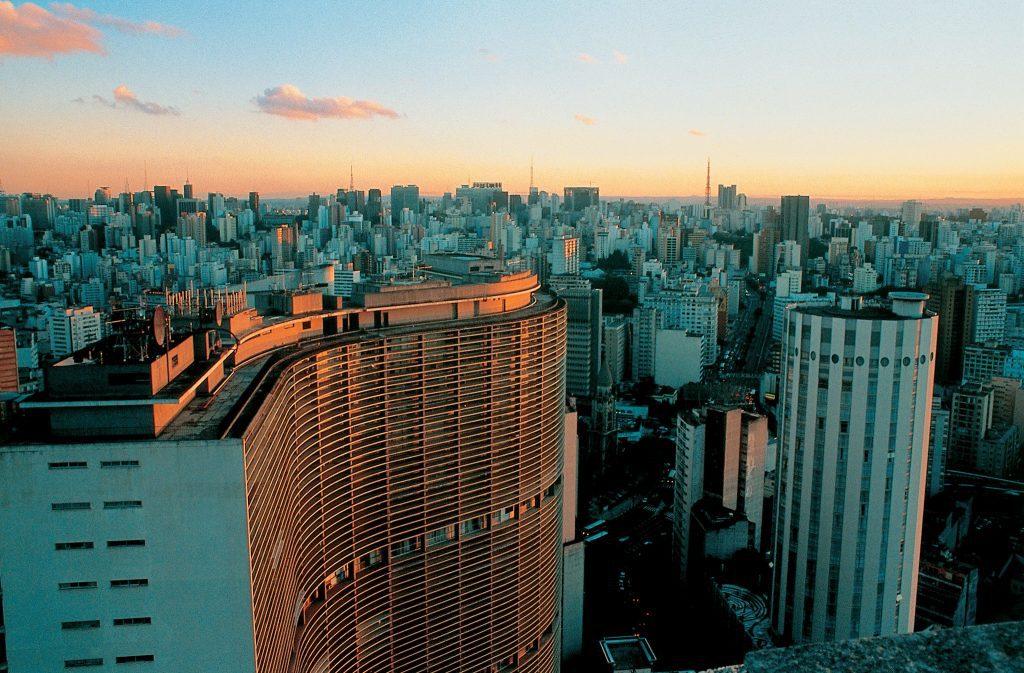 São Paulo vai exigir comprovante de vacinação contra Covid para entrada em eventos