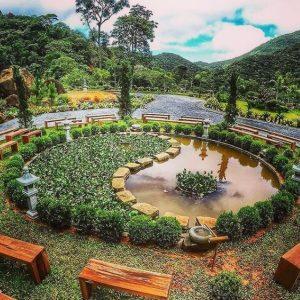 Vale do Amor em Petrópolis equilibra reflexões espirituais e turismo natural