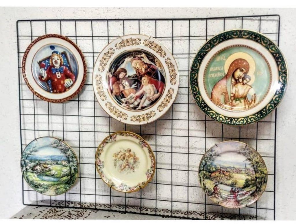 Pratos decorados da Feira Benedito Calixto