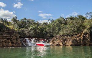 Cachoeira Lagoa Azul: tudo que você precisa saber para visitar um dos principais pontos turísticos de Capitólio