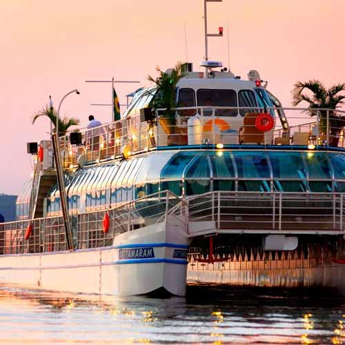 Passeio de barco Porto Kattamaram