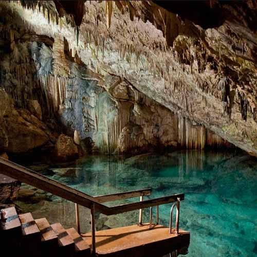 Cavernas Green Grotto