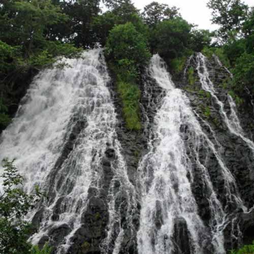Oshin Koshin no Taki Falls