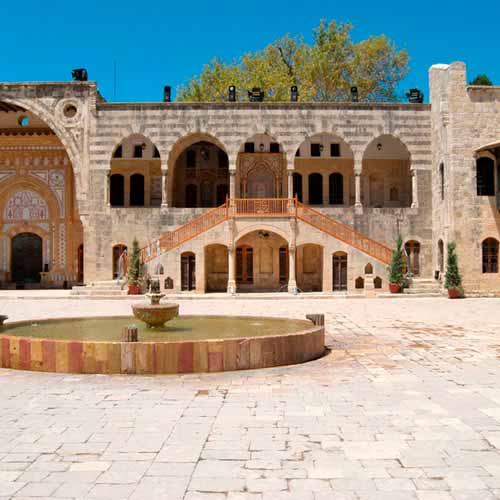 Tour de Beirute para palácio Beiteddine