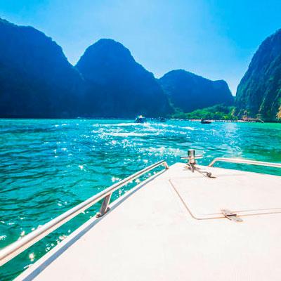 Tour de barco pelas ilhas
