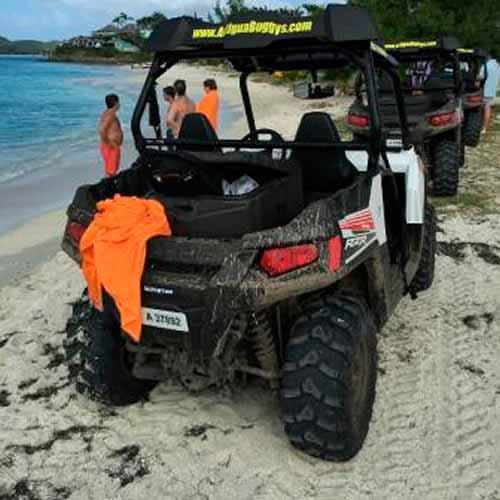 Passeio de buggy pela ilha