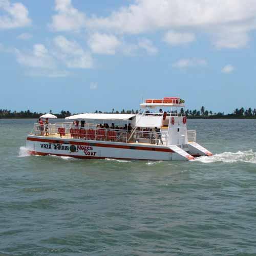 Passeio de barco até a Foz do Rio São Francisco