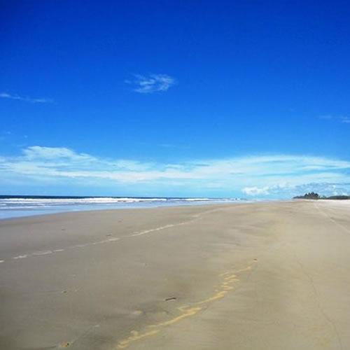 Praia de Acuípe