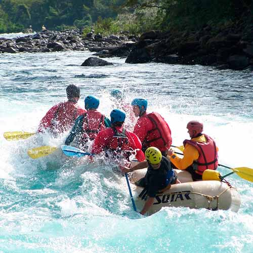 Rafting rio Petrohué