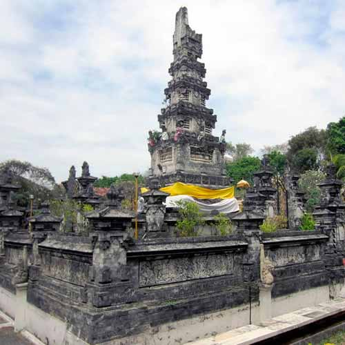 Templo Pura Jagatnatha